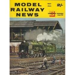 Model Railway News 1962 May