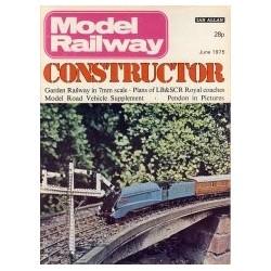 Model Railway Constructor 1975 June
