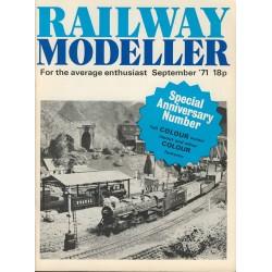 Railway Modeller 1971 September