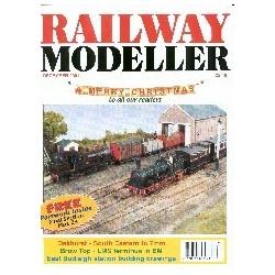 Railway Modeller 2001 December