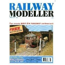 Railway Modeller 2001 February